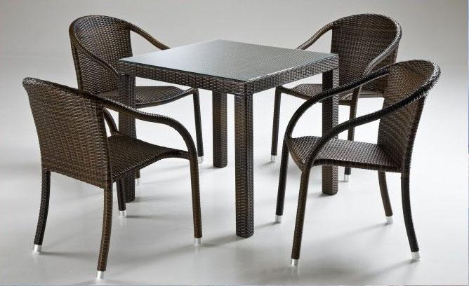 Sedie E Tavoli Da Bar Per Esterno.Catalogo